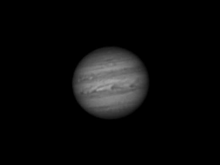 Ondanks de hevige turbulentie af en toe toch nog enigszins een acceptabele plaat van Jupiter kunnen