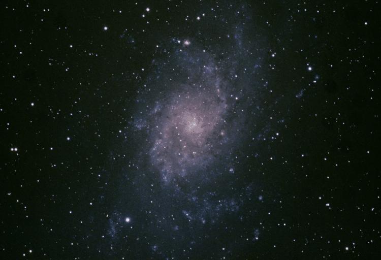 M33 opgenomen op 4 december met de TEC 140 F7 van Copernicus. Foto's van 4 min totaal ca 40 min me
