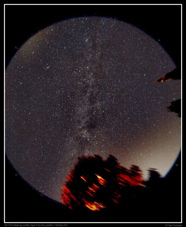 20171015 De Melkweg vanuit mijn achtertuin- 8mm/f5.6-iso800-T=30x30s Vanuit mijn achtertuin ee