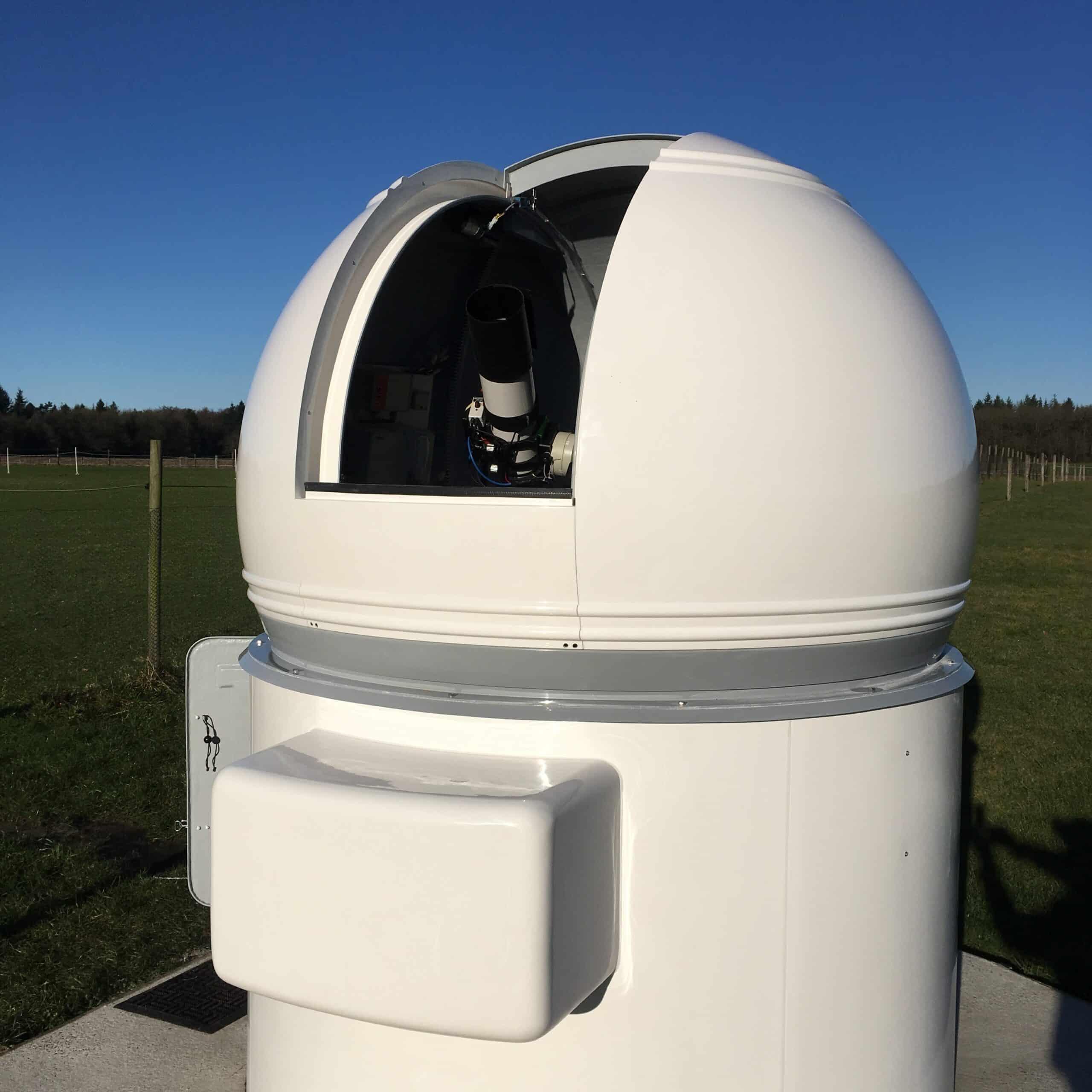 """Eindelijk is het dan zo ver. Mijn observatoriummetje is operationeel! Ik heb hem """"Sterrenwacht"""