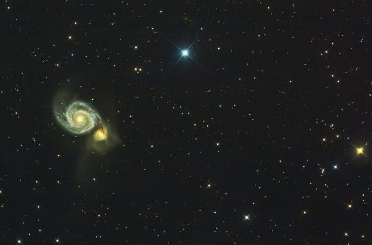 Object: M51 Whirlpool Galaxy Lokatie: Grandpre – Frankrijk Datum: 13-4-2018 Camera: Canon 60Da