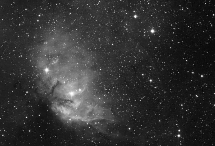 Nee hoor, uit Borger. 12nm Ha 70x120s 10″f/4 ASI1600 cropped Sh2-101 Tulip NebulaTulpCroppedVe