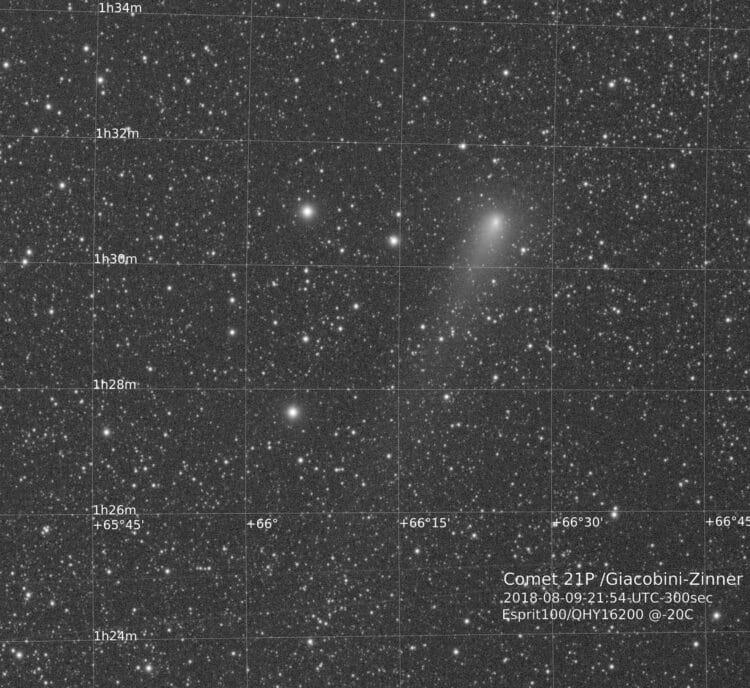 21P Giacobini-Zinner is nu te zien in Cassiopeia (en zal dan ook voorkomen op veel Perseiden foto&#8