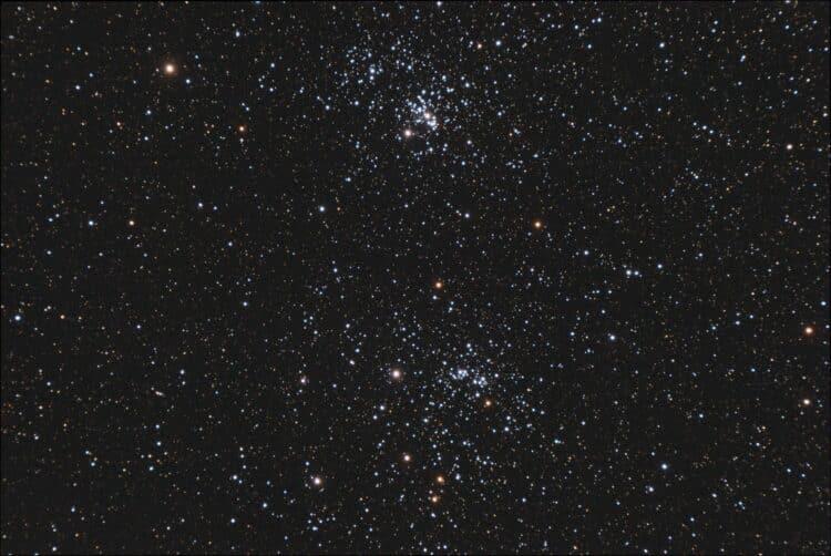 Het plaatje met wat meer linkerkant van het histogram, ofwel minder donker.NGC_884_en_869_Perseus_17