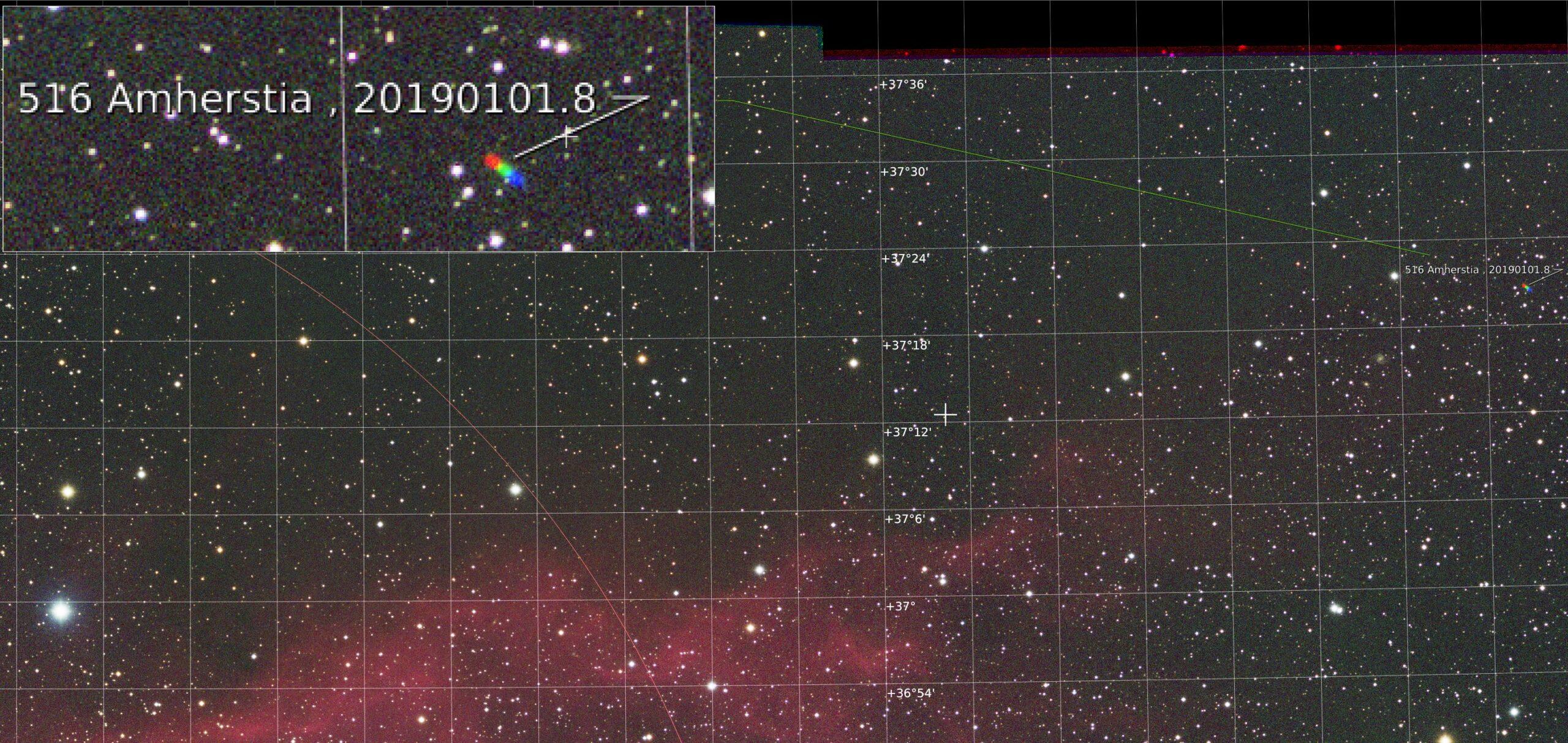 Bij het maken/kontroleren van een RGB mozaiekstack van NGC1499 viel een rood-groen-blauw streepje