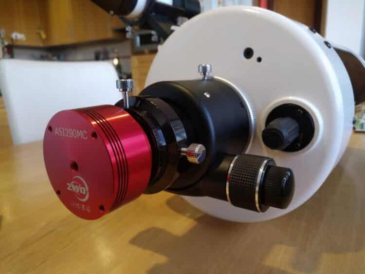De Skywatcher focuser is ook binnen, veel beter dan de standaard knop.IMG_20190308_181108