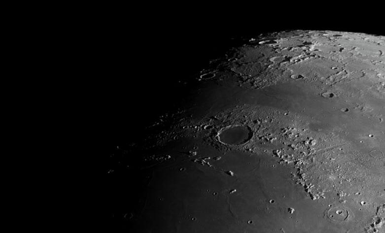 Enige detailfoto's van de Maan opgenomen op 13 mei j.l.: – Copernicus – Clavius en