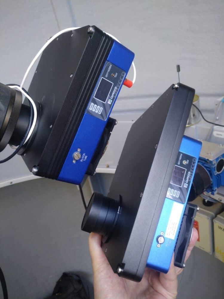 En de tweede QHY16200 camera is binnen. Zowaar met een 7-positie 50mm filterwiel i.p.v. een 5-positi