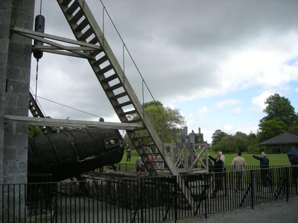 Birr Castle ben ik in 2011 nog geweest, erg indrukwekkend wel, een aanrader! Bijgaand een paar van m