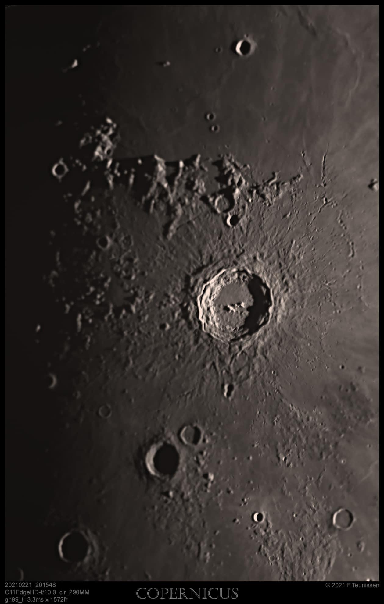Maan 21 februari 2021 Een aantal opnamen van de Maan via een 11″ telescoop. De Maan was toen v